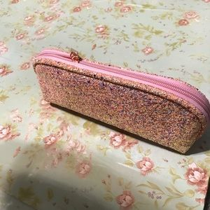 love kenzie Makeup - NEW Love Kenzie bag and makeup brush set